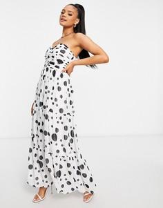Белое ярусное платье-бандо макси в черный горошек TFNC-Многоцветный