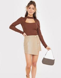 Светло-коричневая юбка из искусственной кожи In The Style x Saffron Barker-Коричневый цвет