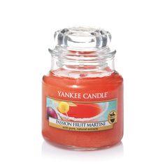 Свеча ароматическая Yankee Candle Passion Fruit Martini Маракуйя и мартини 25-40 ч