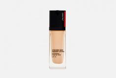 Тональное средство с эффектом сияния и лифтинга spf 30 Shiseido