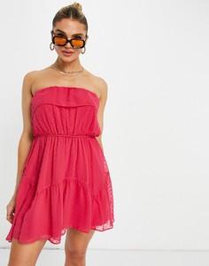 Ярко-розовое платье-бандо мини из ткани добби с расклешенной юбкой, оборками и поясом ASOS DESIGN-Розовый цвет