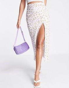 Хлопковая юбка миди с разрезом с присборенным дизайном сбоку и цветочным принтом ASOS DESIGN-Multi