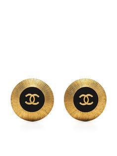 Chanel Pre-Owned серьги-клипсы 1995-го года с логотипом CC