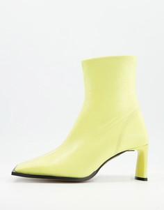 Черные ботинки из премиальной кожи лимонно-желтого цвета на каблуке с квадратным носком ASOS DESIGN Remedy-Желтый