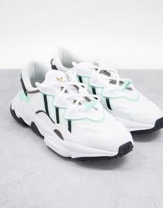 Белые кроссовки с вставками холодного зеленого цвета adidas Originals Ozweego-Белый