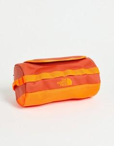 Оранжевый дорожный несессер The North Face Base Camp S-Зеленый цвет