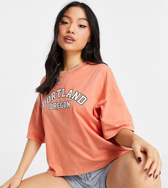 """Оранжевая футболка с принтом """"Portland"""" в университетском стиле Topshop Petite-Оранжевый цвет"""
