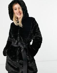 Черное двустороннее пальто из искусственного меха, с объемной стеганой отделкой и с поясом Lipsy-Черный цвет