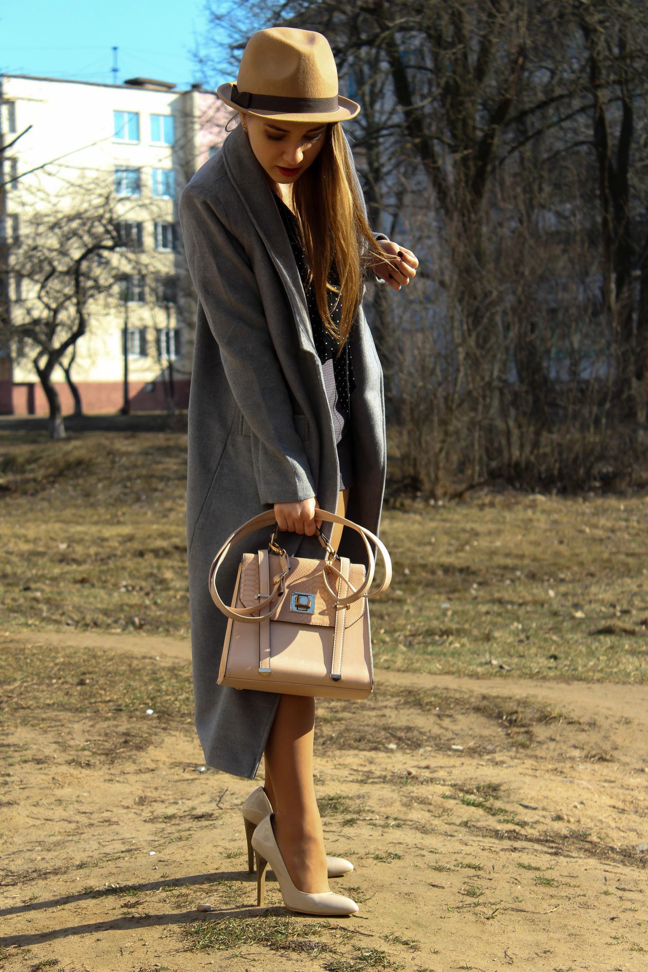 История о длинном пальто