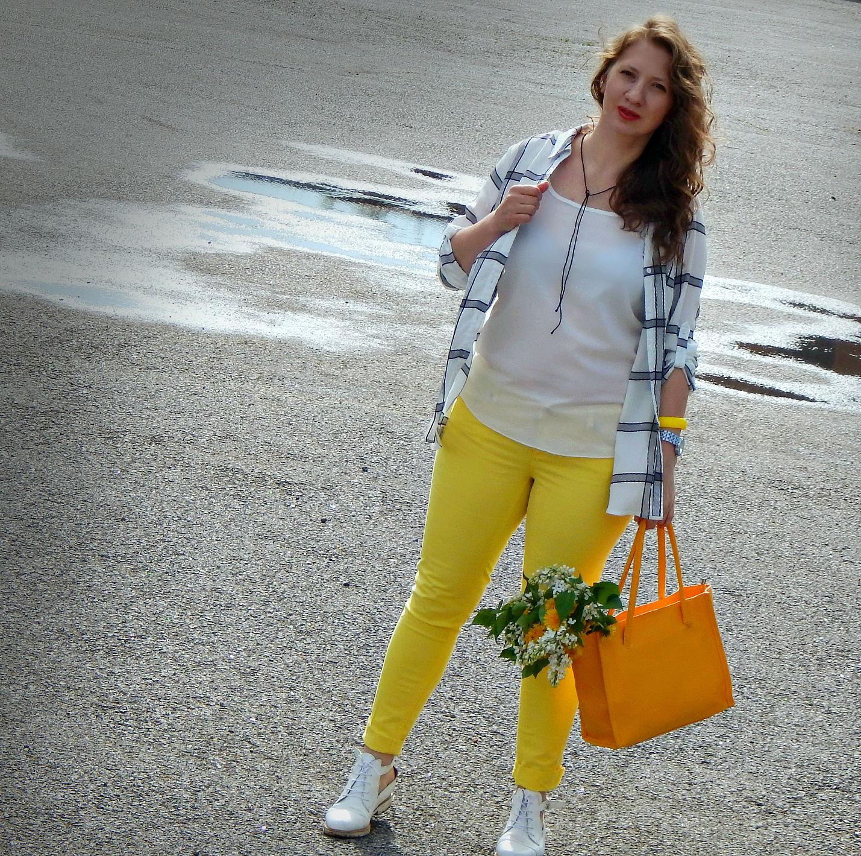 Sunny..http://elena5mamaeva.tumblr.com/